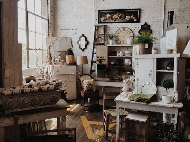 Vintage Style Shabby Chic Is A Lucrative Cottage Industry